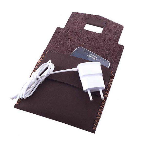 موبایل4 600x600 - کیف شارژ گوشی دستدوز B1