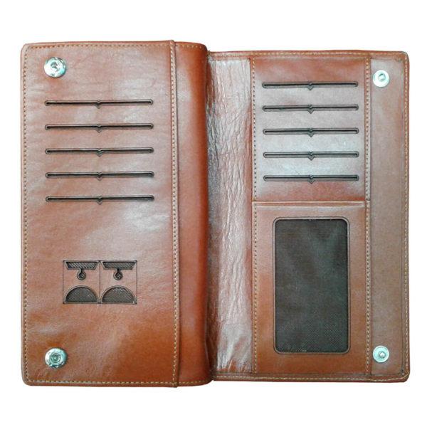 111 2 600x600 - کیف پول و جا موبایلی تمام چرم زنانه و مردانه زیپ دار با جعبه چوبی B113