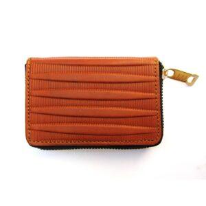 photo 2021 06 19 18 59 51 2 300x300 - تولید و پخش انواع کیف پول چرم مردانه و زنانه و محصولات چرمی - کیف بهل